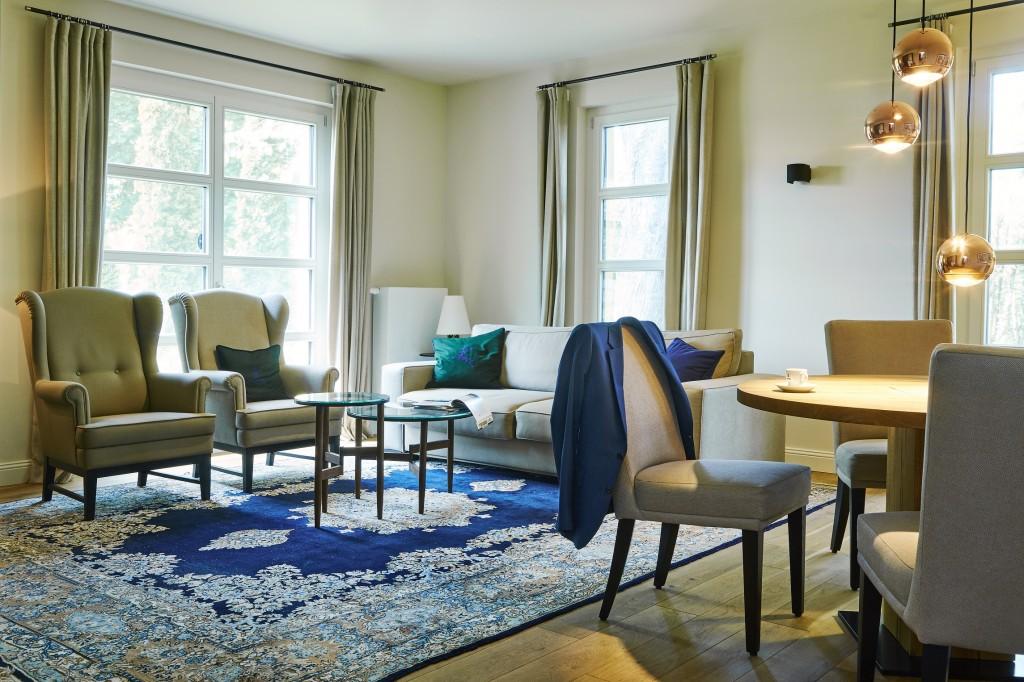 Balatonfenyvesen egy gyönyörű parkban található a Hubertus?Hof Szálloda és Étterem. - balatonfenyves hotel szálloda.